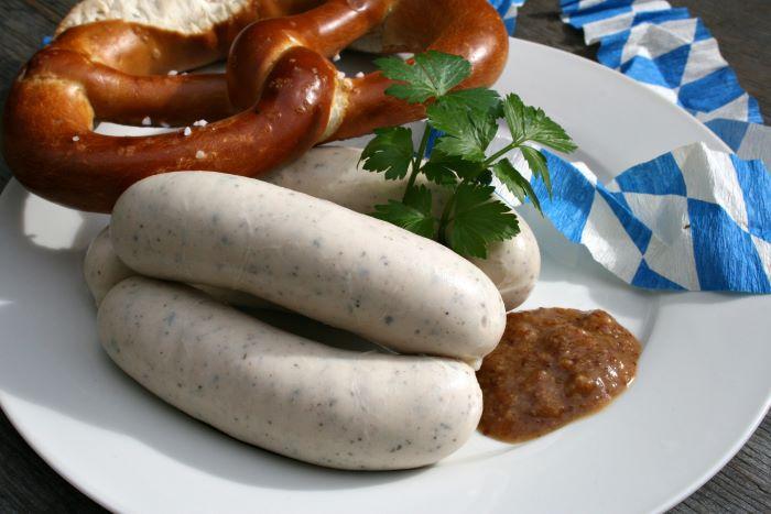 Weisswurst essen Cafe am Marienplatz