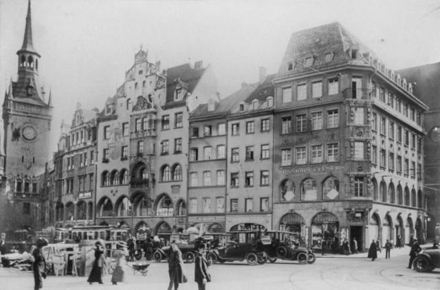 Marienplatz Südseite 1915