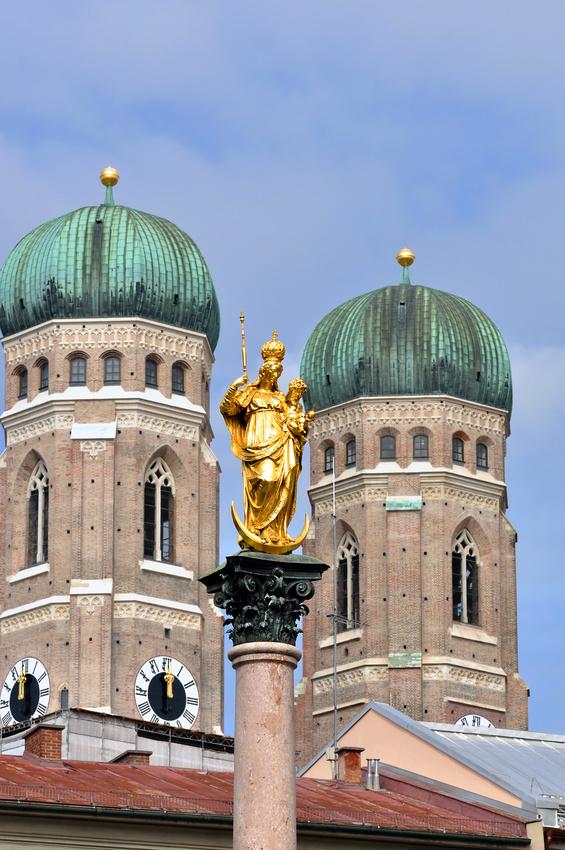 Mariensäule und Frauenkirche am Marienplatz