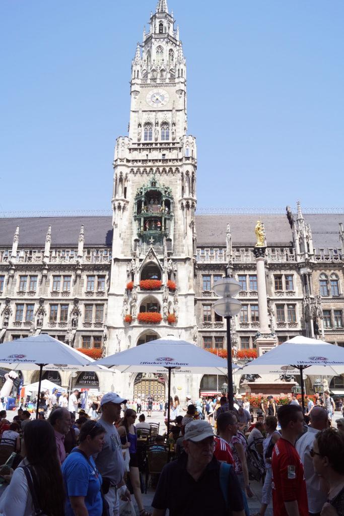 Blick auf das Rathaus in München, Marienplatz